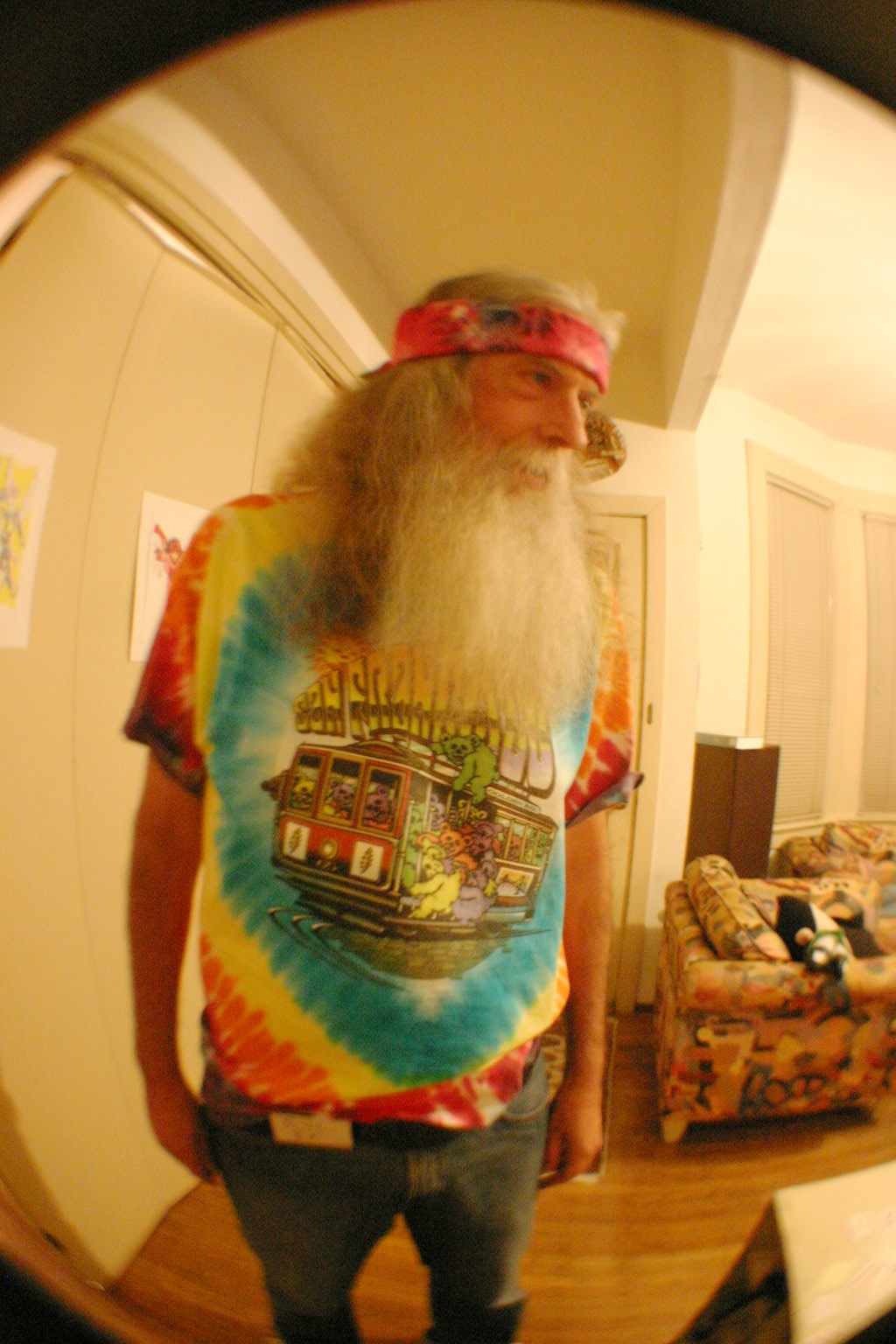 Bill Shows Off His SF Bears Tie Dye T-Shirt