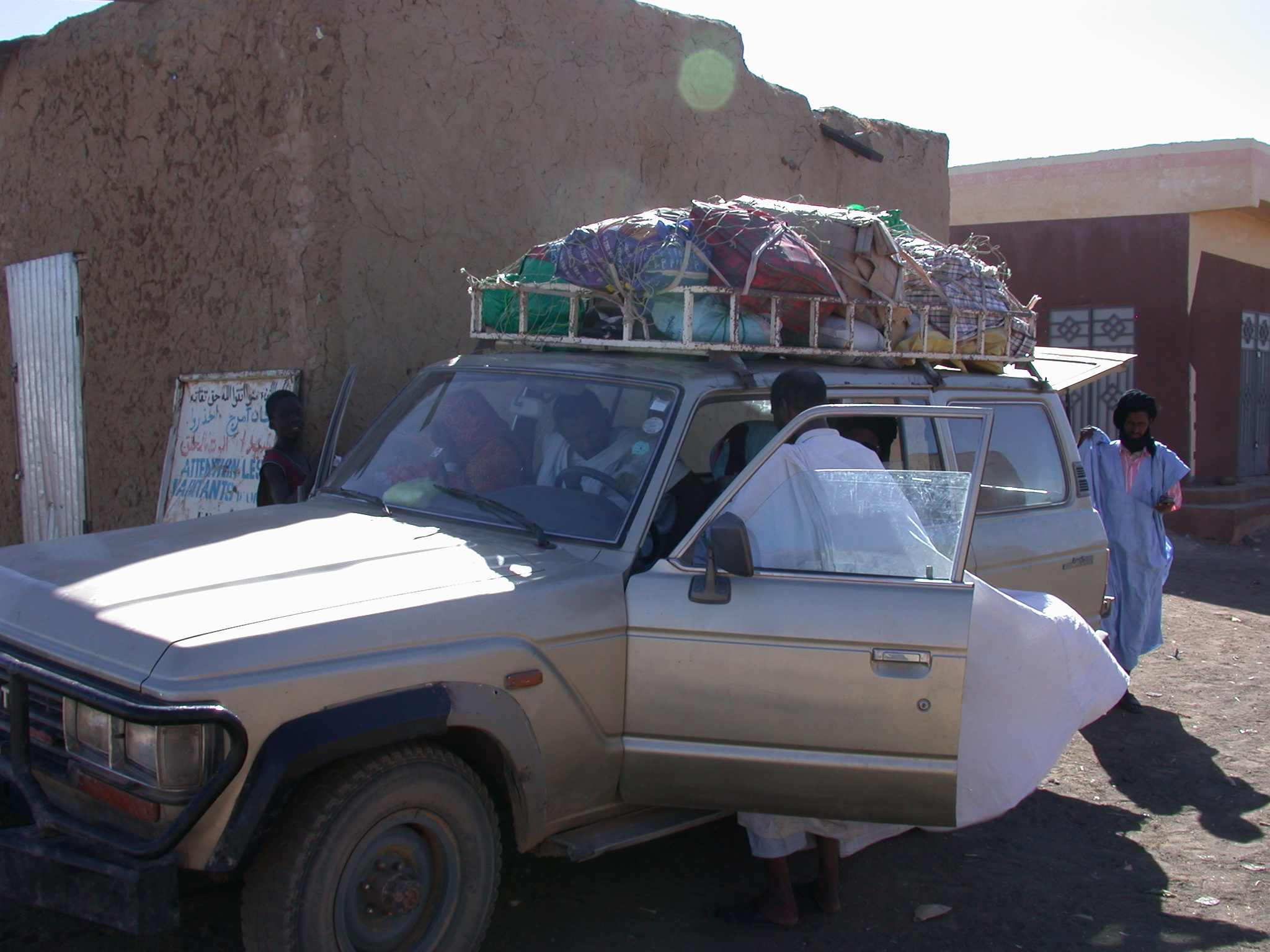 Vehicle on Route From Oualata to Nema, Mauritania