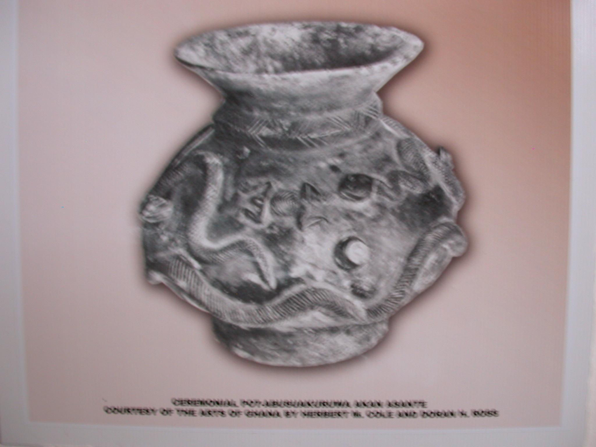 Picture of Akan Ceramic Ceremonial Pot Abusua, Asante, National Museum, Accra, Ghana