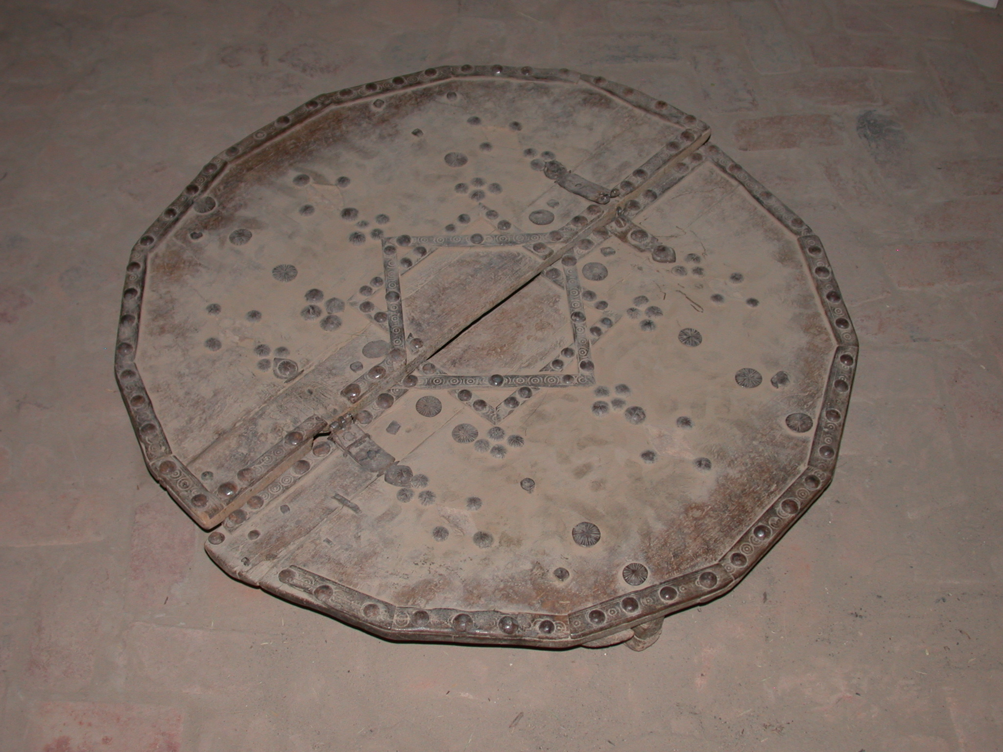 Folding Table, Timbuktu Ethnological Museum, Timbuktu, Mali