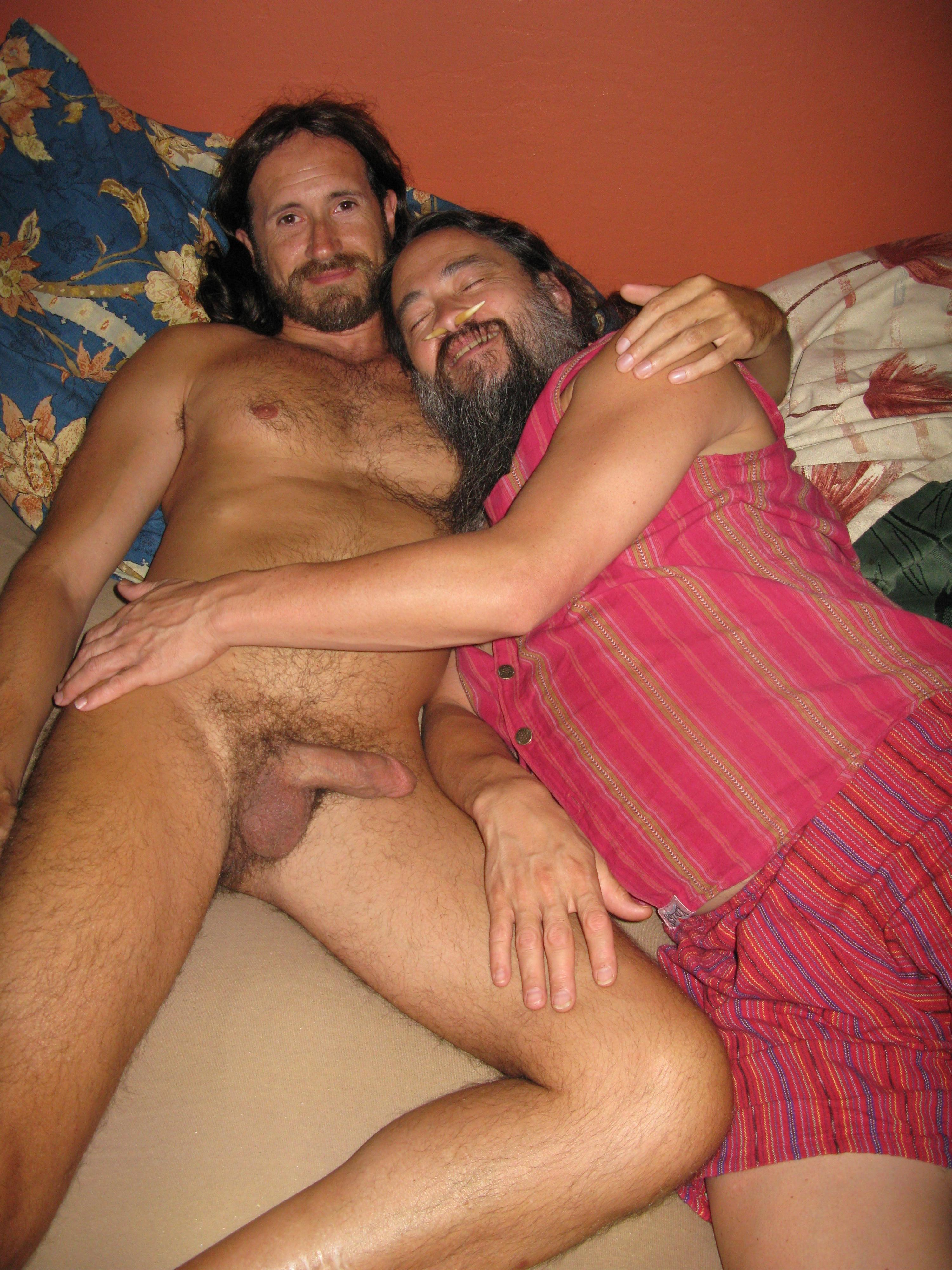 Kwai and Paul Get the Party Off to a Cuddly Start